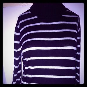 🔷Women's Black & White Turtleneck Sweater